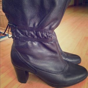 Clark's leather black ankle booties 9